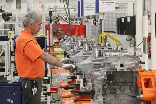 Production of Ford's new 1.0-liter EcoBoost engine