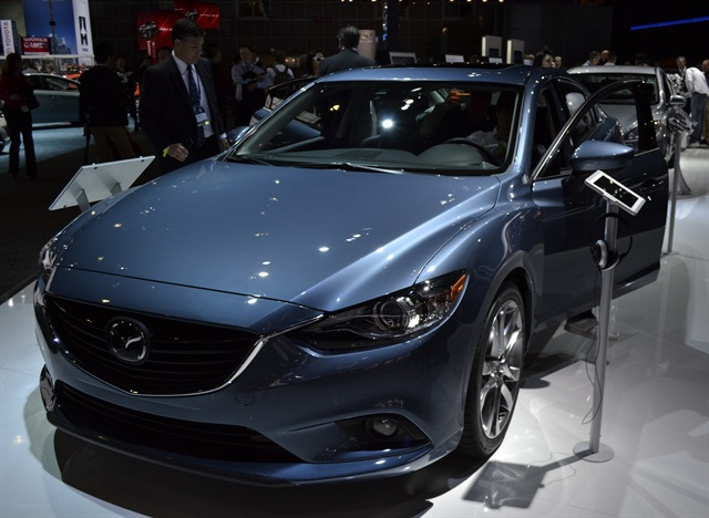 The 2014-MY Mazda6 gasoline version will offer a 2.5L SKYACTIV engine that produces 184 hp and 185 lb. ft. of torque.