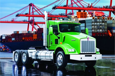 Drayage fleets with port operations were early purchasers of the Kenworth T800 LNG truck. The Ports of Los Angeles and Long Beach created a fund to assist in replacing 16,800 trucks serving the ports with LNG-powered trucks. The ports will ban all pre-2007 trucks by 2012.