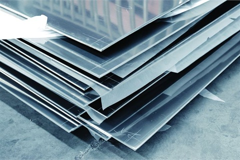 """Aluminum is a """"mature"""" material that can be applied directly to reduce weight by up to 40 percent. Its chief advantage is as a skin material, and is limited for use as a structural support. (Photo: @ISTOCKPHOTO.COM/TEEKID)"""