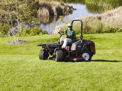 The Groundsmaster 360's Quad-Steer technology minimizes turf damage due to unique steering geometry, according to Toro.