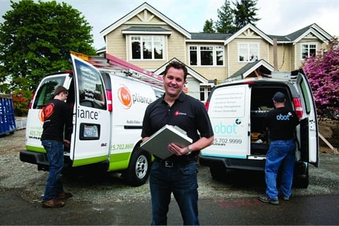 Lee Travis runs 10 GMC Savanas to service his high-tech home improvement businesses. Chevrovlet Express and GMC Savana have the widest fuel choices — gasoline, diesel, E-85 ethanol, compressed natural gas, liquefied petroleum gas and B-20 — in the van class.