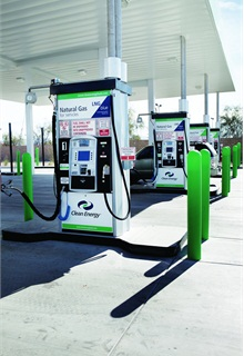 There are currently 578 compressed natural gas (CNG) and 32 liquefied natural gas (LNG) public stations in the U.S. The total number of CNG and LNG stations are much higher due to the fact that many fleets have pumps located on their premises.