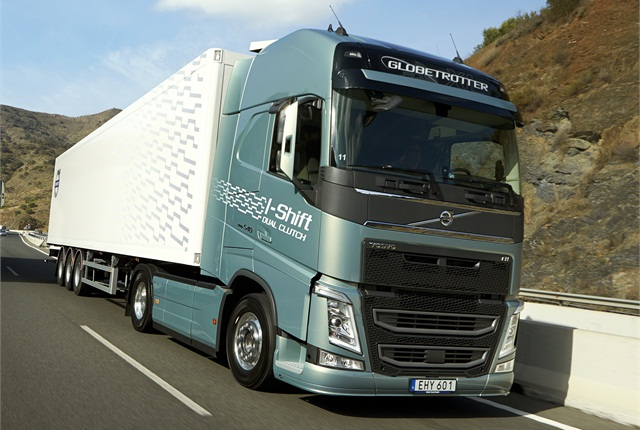 European truck editors tried out the new transmissions on demanding hills in Spain. Photo: Volvo Trucks