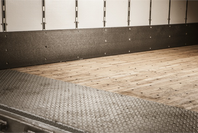 When it comes to maintaining your dry van hardwood or composite trailer floor, fleet maintenance managers should spec your trailer flooring with an eye on reducing future maintenance.