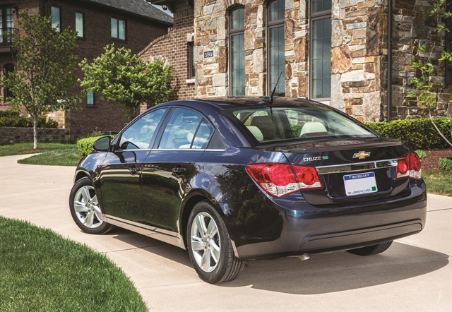The 2014 Chevrolet Cruze Turbo Diesel offers 151 horsepower and 264 lbs.-ft. of torque wit 46 mpg on the highway, allowing 717 miles on one tank of diesel fuel. Photo credit: GM.