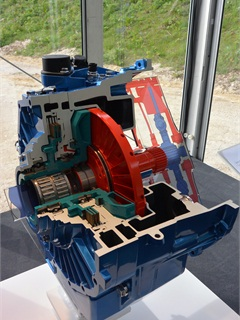 Turbo retarder clutch from Voith is a torque converter in pocket format. Mercedes has exclusive rights to the product for some time. (Photo: Sven-Erik Lindstrand)