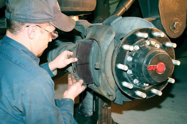 Air disc brakes require minimal routine maintenance. Most of the moving parts are internal. Brake pads will often last for the first life of a tractor. Photos: Jim Park