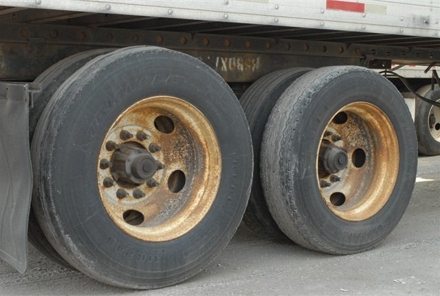 Pictures are worth a thousand words, they say. What sort of a message do the wheels on this trailer convey about its owner?