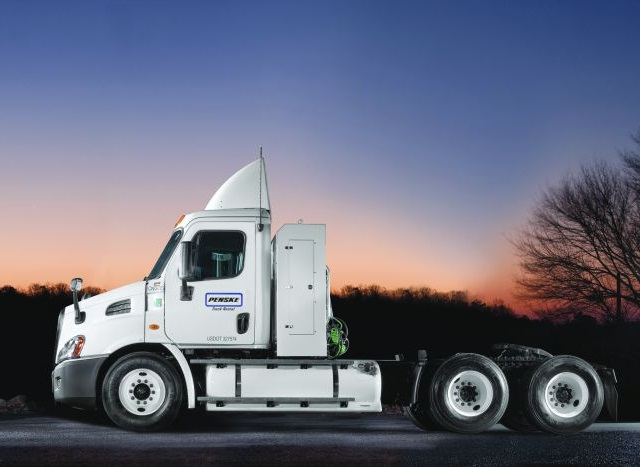 "Drew Cullen, Penske's senior vice president of Fuels and Facilities Services, reports that natural gas is ""the leading option"" for customers converting to alternative power for heavy-duty trucks. Photo: Penske"