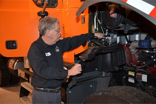 Auxiliary Power For Work Trucks - Aftermarket - Trucking Info