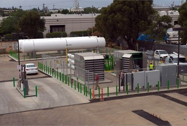 The Clean Energy/Atlas Disposal CNG fueling facility dispenses natural gas sourced from the BioDigester supplemented by pipeline natural gas.   Photo courtesy of Atlas Disposal.