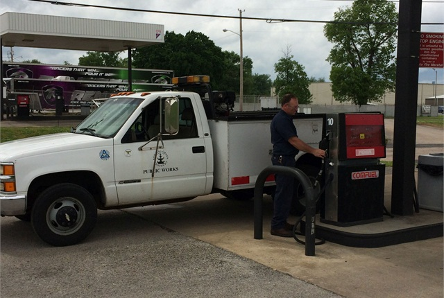 The City of Bowling Green, Ky., has a collective fuel contract. It partners with other agencies to purchase fuel in order to reduce costs. Photo Courtesy of City of Bowling Green.