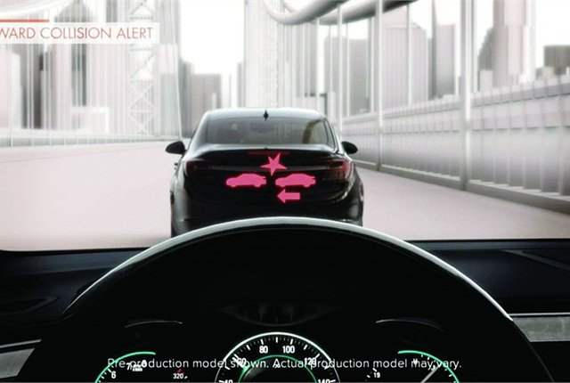 Forward collision alert is seen through the front windshield with high intensity discharge lighting technology.