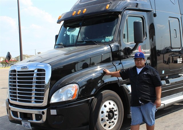 Carlos Cruz and is 2013 Freightliner Cascadia.