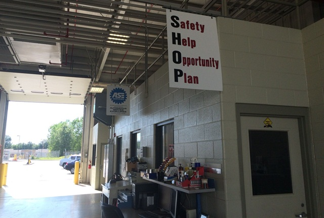 Fleet management put up banners and signs in strategic locations around the shop to emphasize the importance of the program.