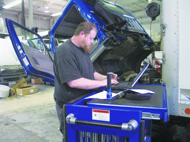 Computers in the shop have become commonplace. The modern maintenance manager is moving beyond that to data analytics and predictive maintenance. Photo: Evan Lockridge