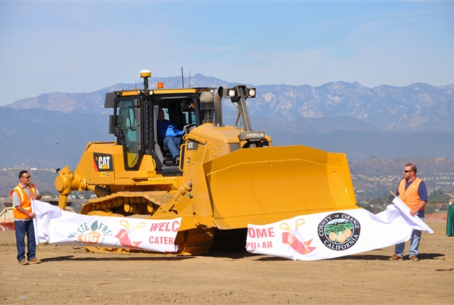 OC Waste & Recycling in California held a ribbon-cutting ceremony for its new Caterpillar D7E diesel-electric hybrid dozer. The machine helps the agency get ahead of state emissions regulations. Photos Courtesy of OC Waste & Recycling