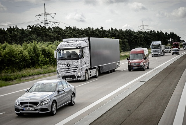 A disguised version of the Future Truck 2025 in a demonstration last year on a closed portion of German autobahn. Photo courtesy Daimler Trucks.