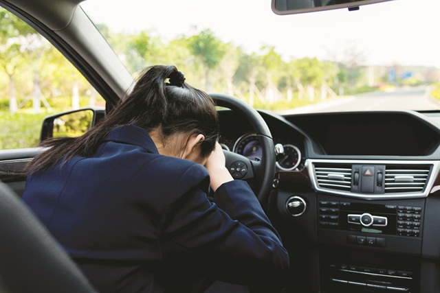 Fleet drivers are recommended to pull over, take a break or a power nap, if they have trouble focusing on the road. Photo via iStockphoto.com