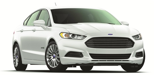 According to Black Book's fleet data for the third quarter of 2014, the Ford Fusion topped the volume list of cars in the overall fleet sedan market.