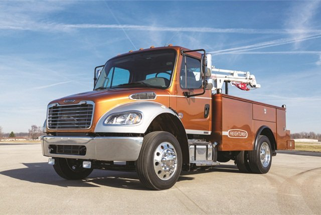 Photo of 2015-MY Freightliner M2106 courtesy of Daimler.