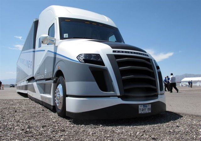The Freightliner SuperTruck, a demonstration research project funded in part by the Energy Department, achieved an average of 12.2 mpg on a five-day, 312-mile round trip on Interstate 35 between San Antonio and Dallas, at a weight of 65,000 lbs GVWR at a speed of 65 mph. Photo: Daimler