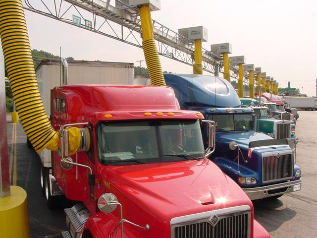 IdleAir's overhead truss system. Photo courtesy IdleAir