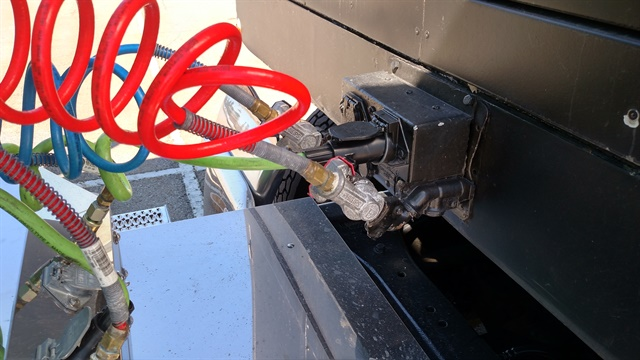 Second Connector Needed for Tractor-Trailer Communications ... on