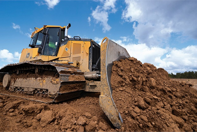 The John Deere 750K and 850K SmartGrade crawler dozers are each equipped with a 6.8L Tier 4 Final-certified engine and fully integrated grade control system. Photo courtesy of John Deere