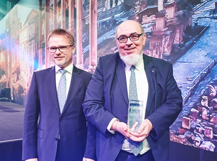 Jean Zermati (right) winner of the Green, Mobility, and Innovation awards with Ralf Kostrewa of Volkswagen.