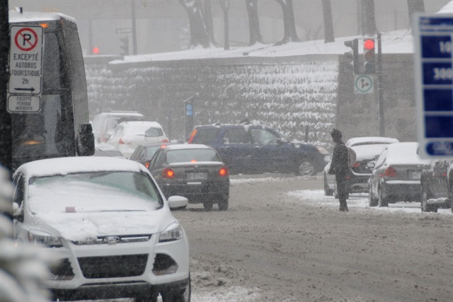 Three inches of snow would barely slow down a city like Cleveland, Chicago or Montreal.