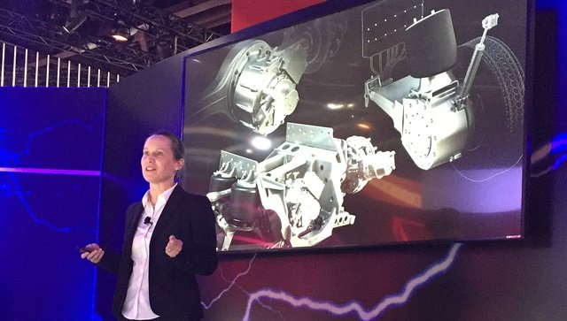 Meritor's Cheri Lantz explains that the e-carrier is an electric motor designed into a differential carrier. Photo: Deborah Lockridge