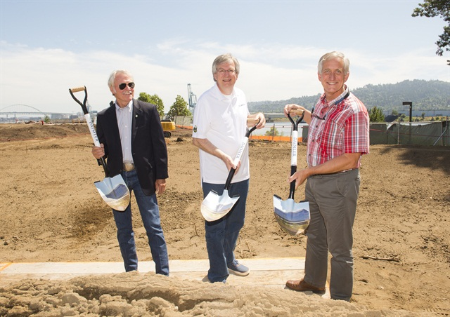 Oregon Governor Kitzhaber, Daimler Trucks North America President and CEO Martin Daum and City of Portland Mayor Charlie Hales celebrate ground breaking of Daimler Trucks North America's new headquarters campus.