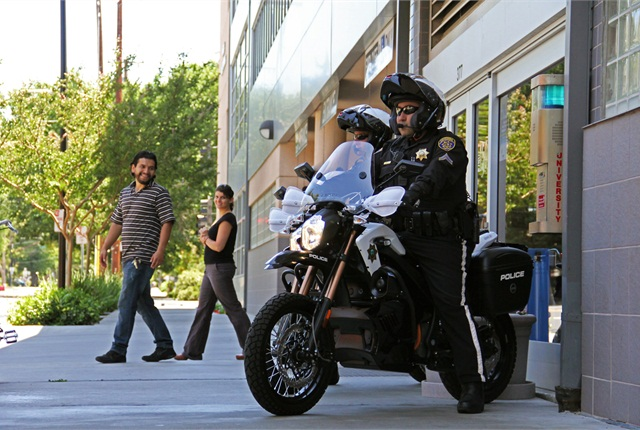 A San Jose State University police officer on patrol on one of the new Zero electric motorcycles. Photo courtesy Zero Motorcycles.