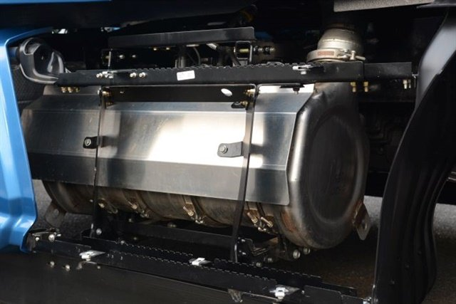 "Paccar is switching to a ""single can"" aftertreatment system that saves about 100 pounds, makes servicing easier and frees up valuable frame space. Photo: Paccar"