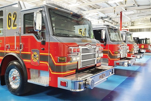 Osceola County, Fla., is standardizing its fleet so all heavy-duty trucks use the same engine, transmission, and tires. Photo courtesy of Osceola County