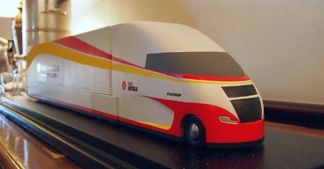 Scale model of Shell's Starship concept truck. Photo: Steven Martinez