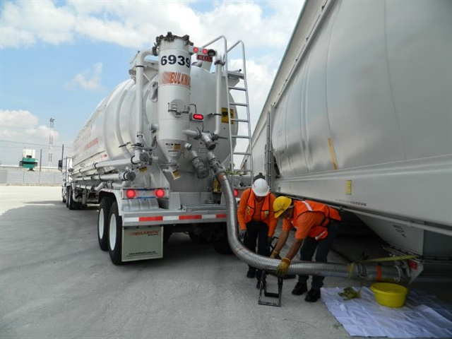 Bulkmatic Transport is retrofitting all 1,300 trailers with LED GloLight tail lamps for better visibility and reliability. Photo: Optronics