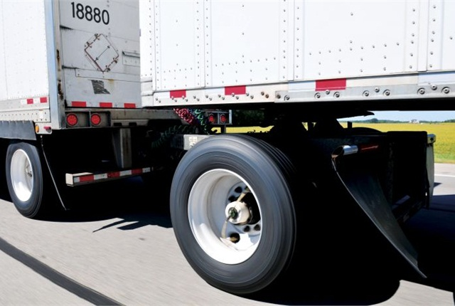Trailers that go unseen for months can benefit from automatic tire inflation. What about fleets that see their trailers every week? Photos: Jim Park