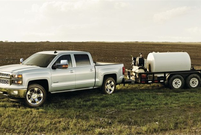 Photo of the Chevrolet Silverado 1500 courtesy of GM.