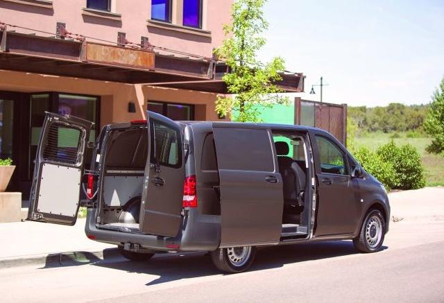Photo of Metris mid-size van courtesy of Mercedes-Benz.