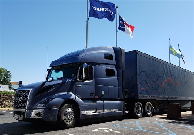 The Volvo VNL 740 tractor tested by Jack Roberts featured a 70-inch high-rise sleeper, a 424-hp D13 Volvo engine with compounded turbocharger and predictive cruise control. Photos: Jack Roberts