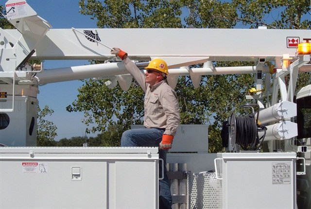 <p><em>When procuring more bucket trucks, a good resource can be your linemen. Photo courtesy of Terex Utilities.</em></p>