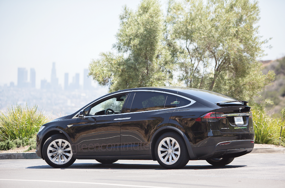 Green Commuter Offers Tesla SUVs to Vanpool Users