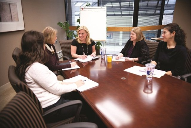 Sheri Bonsall, assistant vice president and manager of employee mobility for Chubb Insurance (center), and the fleet team ensures that fleet stays in line with company goals via quarterly reviews with its fleet management company and monitoring of key monthly reports.