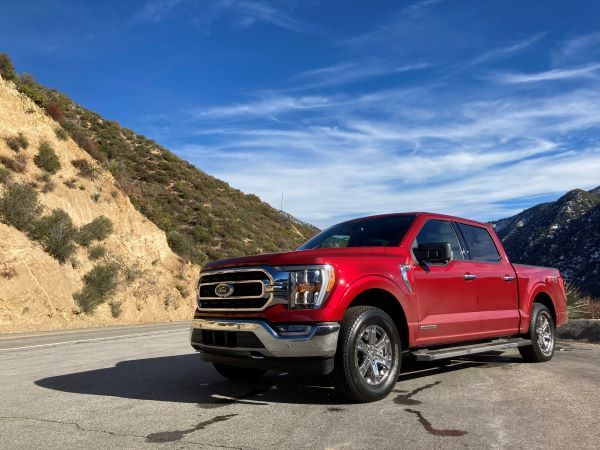 """Our PowerBoost test truck was a 4x4 SuperCrew XLT with 5.5-foot bed. Ford thankfully decided against any cheesy """"hybrid!"""" labels. - Photo by Chris Brown."""