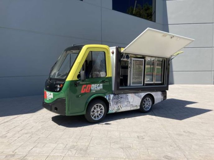 This mobile hospitality version can deliver hot and cold and prepackaged foods outdoors on campuses, hospitals, and hotels, alleviating the need to queue up indoors. - Photo: Chris Brown