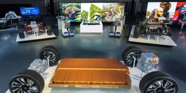 General Motors revealed its new modular platform and battery system, in March at the Design Dome...