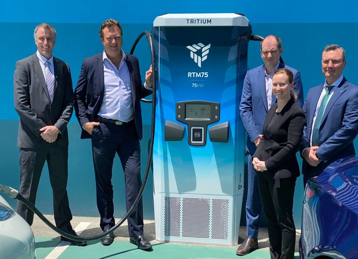 As part of the launch, the company also revealed the first charger built on the platform with the unveiling of its next-gen RTM75 DC Fast Charger, allowing drivers to add 75 km (46 mi) of range to an electric vehicle in 10 minutes of charging. - Photo via Tritium.